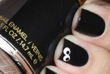 Nails / by Mia Spadt