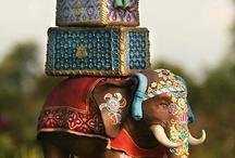 Cakes / by Johan Van Gass