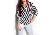 Dámske blúzky / Dámske elegantné a štýlové blúzky a košele, vhodné ako top k džínsom, alebo k nohaviciam. Dámske blúzky v rôznych strihoch, s ozdobnými prvkami, s čipkou, či retiazkou alebo náhrdelníkom s krátkym aj dlhý rukávom. V našej ponuke nájdeš elegantné biznis oblečenie, vhodné do práce, na pohovor alebo na spoločenskú príležitosť.