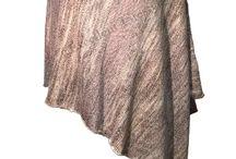 Kläder / Utvalda toppar, klänningar och byxor från excellentlifestyle.se