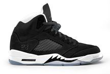 "jordan5s Oreo / www.airjordans-retro.com/air-jordan-5-v-blackcool-greywhite-136027035-p-2553.html Were you lucky enough to cop the Air Jordan 5 ""Oreo"" this Black Friday? / by jordan5s Oreo"