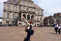 Maastricht City Tour / Do you have a love for art and the good life? Then Maastricht is the perfect city to visit for you! During this Segway tour we show you the churches, city walls, historic merchant houses and the large squares to give you a great impression of the city in 1 hour.