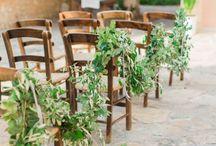 Ceremony FLOWERS / Inspiration for adding organic elegance to your ceremony celebration!
