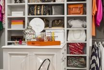 Calamus Circle Residence / Martha O'Hara Interiors, Interior Design | John Kraemer & Sons, Builder | Troy Thies, Photography | Shannon Gale, Photo Styling