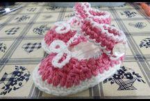 Scarpe neonata