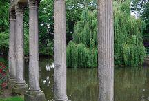 Features in Gardens