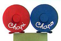 Chapi-Chapo / Chapeaux folies - Hats- Sombreros, tocados, pamelas, turbantes y diademas- y peinados / by Igraciela IE