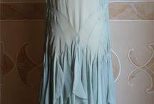 001. Голубые платья.