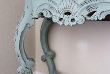 Annie Sloan-painting furniture / Handwork