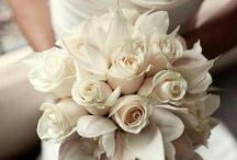 RAMOS DE NOVIA/WEDDING BOUQUETS / by ZUTOIA
