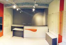 Opticiens / Les études et les réalisations d'Architéa. Rénovation, agrandissement, agencement, mobilier, fabrication sur mesure, conception graphique. Une livraison clé en main.