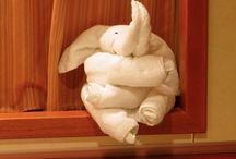 Towel Animals / How many ways can you fold a towel??     At Kawaii Animals we love all animals.  Check out our online store of unusual animal themed toys and gifts.  www.kawaiianimals.com   www.facebook.com/mykawaiianimals   @MyKawaiiAnimals