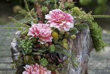 dřevo a květiny