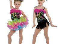 Dans kostuums