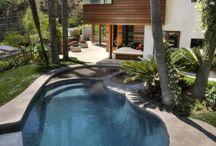 (>^ω^<) swimming pool@house
