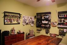 Pallet Crafts / Pallet craft ideas for home decor.