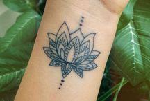 Lótusz tetoválás