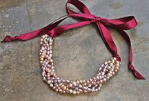 Beading & Jewelry Crafts / by Manon Ibes