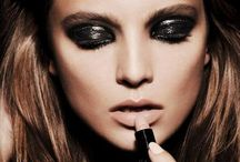 Make Up / Love nude lips, dark eyes