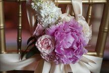 Adornos sillas boda
