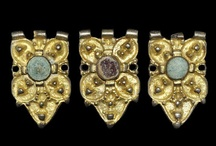 Jewelry: Medieval (5th -15th c.) / by Ester GJ
