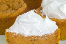Pumpkin Pie Cupcakes / Desserts