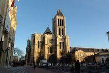 Arte Gotica. / Il gotico è una fase della storia dell'arte occidentale che inizia all'incirca alla metà del XII secolo in Francia settentrionale, nella regione intorno a Parigi, per poi diffondersi in tutta l'Europa.