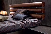 Slaapkamer idee / Regenpijp opbergruimte