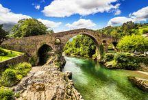 Cangas de Onis / Cangas de Onis, uno de los destinos aún desconocidos de España.