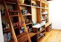 Kitchen/Pantry / by Amber Cooper