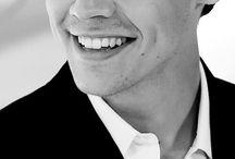 h a r r y s t y l e s / Harry is so pretty.