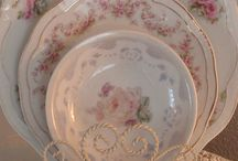 ~my mother's dishes~ / my mom loved old dishes-I understand my passion!