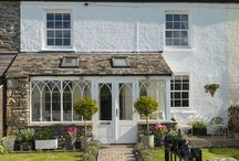 Cottage Homes / Cottage Homes | Cute country cottages for inspiration | 247Blinds.co.uk