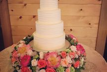 Wedding cakes with Floral V Flowers