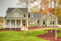 This house gets me... Wooldridge. Stonecroft Homes KY / I googled open floor plans and stumbled across this house.  It's like the architect saw into my soul.  Haha.  There is NOTHING that I dislike about this house from the pictures provided.  If you could have a soul twin that was a house, this would be mine.  And yeah, I googled the address... 323 Wooldridge Ave (only a 10 minute walk to the nearest temple... what are the odds?) / by Stephanie Draper