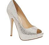 Wedding shoe ideas  / by Janae Fasnacht