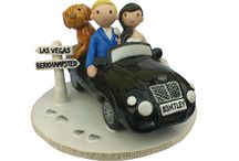 Wedding Cake Topper / by Caroline Yeoh