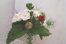 Kleine Blumensträuße