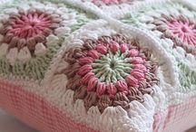 CROCHET - PILLOW