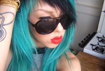Hairstyles / by Miranda Bartlett