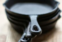 Cast iron cookware / Discover the many benefits of cooking in cast iron. Besides, skillets are simply beautiful!