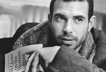 Tom Cullen / Born in July of 1985, Tom Cullen is a Welsh actor and an up and comer in the industry.  Cullen studied acting at the Royal Welsh College of Music & Drama after attending Llanishen High School.  His parents were writers, and Tom studied music before completing his degree in acting.  Cullen graduated with First Class Honours and has since made a name for himself on the screen and stage alike. http://gay-themed-films.com/essential-film-stars-tom-cullen/