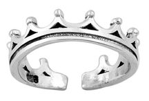 Latest Toe Ring for Women / Toe rings plays a great role in the fashion of women from the ancient time.