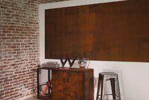 Fusion métal / Fusion métal est une peinture à effet oxydé. C'est est une superposition d'une base et d'une finition qui donne l'illusion d'un effet rouille. Vous pouvez l'appliquer sur un pan de mur ou sur un meuble (avec la sous-couche adaptée). Il donne du caractère à votre intérieur et une touche design à votre déco.