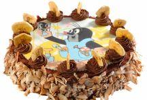 Dětský dort s obrázkem z jedlého papíru / zdobte si dort vlastním obrázkem z jedlého papíru.  Z vaší fotografie nebo jakéhokoliv obrázku Vám zhotovíme jedlý obrázek na dort. Pomocí speciální tiskárny vytiskneme na jedlý papír jedlými barvami obrázek. Vytvoříte tak zajímavý dárek pro své blízké, kolegy či přátele.