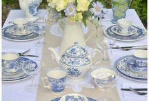 Well-Dressed Table / beautiful dishes, linens and table settings