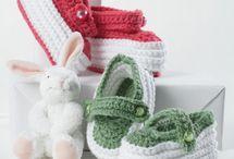 Sapatinhos em crochê