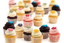 Cupcakes / Het assortiment Cupcakes van gefeliciTAART https://www.gefelicitaart.nl/assortiment_cupcakes.html