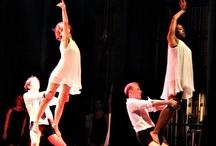 Specatcle de Danse Juin 2012 Cercles de la Forme / Vous allez découvrir les photos du Spectacle de danse des 7 Clubs de gym Cercles de la Forme à Paris. Juin 2012 au Théâtre de Clichy.