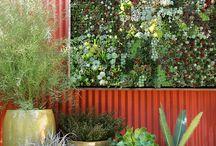 Garden & Outdoor living / by Marlene Svanström